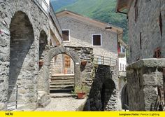 800 'Light 104' produced by Neri SpA have been installed by Enel Sole in the Lunigiana villages (Tuscany). Iera
