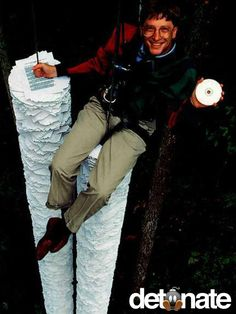 BILL GATES & CD-ROM In 1994, Bill Gates demonstrated the efficiency of CD-ROM storage while introducing the new technology. The CD held more information that all the papers below him.