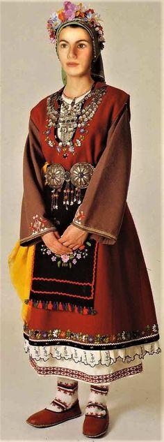 Traditional wedding dress from Didimoteixo (Greek Thrace/Thraki, on the border with Turkey). Greek Traditional Dress, Traditional Wedding Dresses, Traditional Fashion, Traditional Outfits, Rare Clothing, Greek Clothing, Greek Wedding Dresses, Long Slip Dress, Costumes Around The World