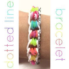 TutorialsByA's Original Rainbow Loom Bracelet: Dotted Line. Similar to the Illusion bracelet (this one uses single chains)