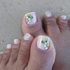 Pedicure Nail Art, Toe Nail Art, Manicure, Nail Art Designs, Design Art, Sunflower Nails, Love Nails, Beauty Hacks, Lily