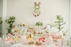 Resultado de imagem para doces para a pascoa Easter, Table Decorations, Home Decor, Vintage Easter, Harvest Table Decorations, Savoury Dishes, Kitchens, Decoration Home, Room Decor