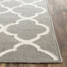 Shop for Safavieh Hand-woven Moroccan Reversible Dhurrie Grey Wool Rug (6' x 9'). Get free shipping at Overstock.com - Your Online Home Decor Outlet Store! Get 5% in rewards with Club O! - 15363936