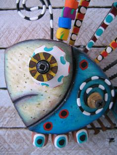 Twisted Fish 116 Found Object Wall Art by Fig Jam di FigJamStudio