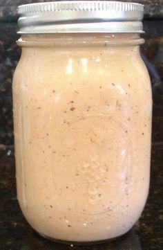 ComeBack Sauce Makes a pint jar full. - 1 cup mayonnaise - cup ketchup - cup chili sauce - 1 tsp Dijon mustard - 1 tsp onion powder - 1 t. I Love Food, Good Food, Yummy Food, Yummy Eats, Mayonnaise, Ketchup, Comeback Sauce, Great Recipes, Favorite Recipes