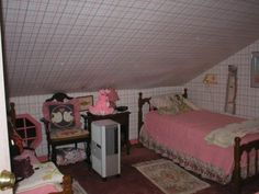 Home and furniture ideas is here Creepy Cute, Scary, Girl Room, Girls Bedroom, Broken Dreams, Im Losing My Mind, Empty Room, Aesthetic Girl, Room Inspiration