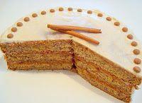Paris Pastry: Banana Cake with Honey - Cinnamon Frosting