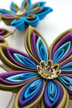 Peacock Fascinator - Kanzashi Celada - Kanzashi flor para la boda de Steampunk