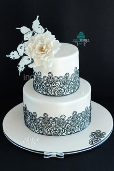 Hand painted Lacey Elegance- Black and Ivory Wedding Cake