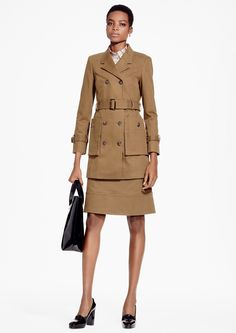 See the complete Brooks Brothers Pre-Fall 2016 collection.