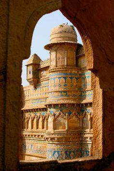 allasianflavours:    Man Singh palace, Gwalior, Inde, India (Philippe Guy) by guy philippe