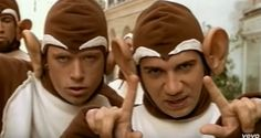 """""""The Bad Touch"""" de Bloodhound Gang The Bloodhound Gang, Bad Touch, Good Mood, Be Nice, Songs, Smile, Casual"""