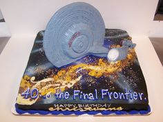 star trek cake. make it so!