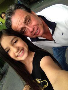 El productor de #RaquelYDaniel, el señor Alejandro Romero una excelente persona :)   De 6 a 9 PM por @AztecaTrece
