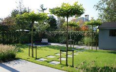 Strakke lounge tuin in Badhoevedorp. - Van Veen Tuinontwerpen