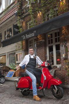 Restaurant de Peerdestal is één van de meest authentieke restaurants van Antwerpen. Ontdek de seizoensgebonden keuken in deze brasserie in Parijse sfeer.