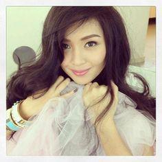 Kathryn Bernardo Makeup Filipina Beauty, Kathryn Bernardo, Jadine, Real Beauty, Hair Makeup, Make Up, Long Hair Styles, Pretty, Face