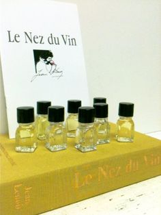 White Wine Kit,Aroma Vials,White Wine Flashcards by beachbabyblues on Etsy, $75.00