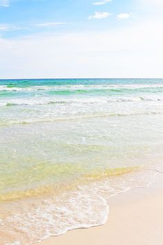 I love going to the beach when I go in vacation.♥ it's one of the most beautiful beach of Florida
