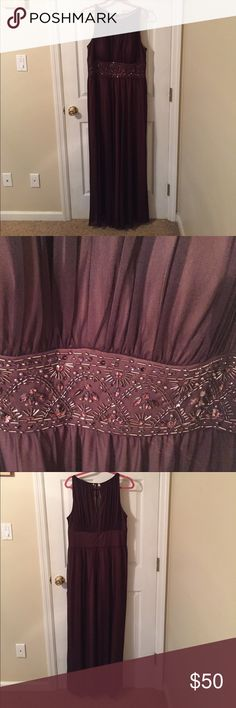 Beautifully beaded Fabulous burgundy long gown worn one time Jessica Howard Dresses Prom