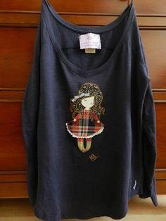 Camiseta echa a mano Cassie, Houses, Embroidery, Sweatshirts, Craft, Sweaters, Kids, Kids Fashion, Appliques