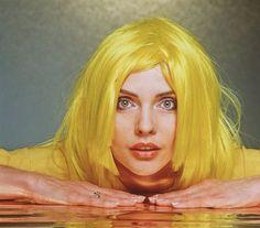 Debbie Harry, Blondie.