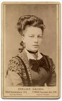 photographer: Atelier Hassel - Prag ca:1880s?   Flickr - Photo Sharing!