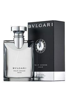 Bvlgari Soir Perfume. Bvlgari Pour Homme Soir to niezwykle cenione perfumy marki Bvlgari stanowiące drzewno - kwiatowo – piżmowy zapach dla współczesnego mężczyzny. Są to perfumy obecne na rynku już od 10 lat, które doczekały się wielu zwolenników. Wyczuwany w nich jest między innymi papirus, ambra, herbata darjeeling czy też bergamotka. Jest to zapach stworzony specjalnie na wieczór, niezwykle uwodzicielski i intensywny. #zapach #facet #moda #styl ##perfumy ##Bvlgari