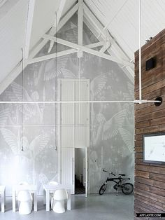 Moderne interieur inrichting voormalige kerk | Interieur inrichting