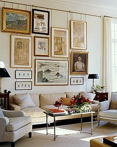 Hanging Art: from a picture rail (no holes in the wall). Possible DIY with copper pipe. Art Of Living, Home And Living, Living Room, Inspiration Wand, Interior Inspiration, Interior Ideas, Interior Decorating, Wal Art, Hanging Art