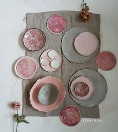 Ceramic Tableware, Ceramic Clay, Pottery Plates, Ceramic Pottery, Keramik Design, Pottery Designs, Dinner Sets, Dinnerware, Stoneware