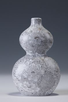 Imperial Porcelain Vase - 2014 www.chinaclayart.com