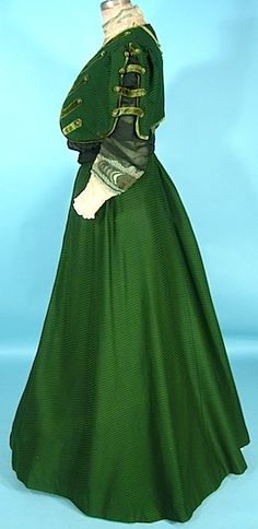 Green silk/wool three-piece afternoon gown (side view, with jacket), by A.H. Metzner, American (New York), c. 1906/07.