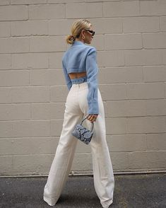 How to wear Pastel Colour Trend in Easy weekend casual outfit ideas Urban Outfitters Outfit, Looks Street Style, Looks Style, Mom Style, Look Fashion, Fashion Outfits, Womens Fashion, Fashion Trends, Ski Fashion