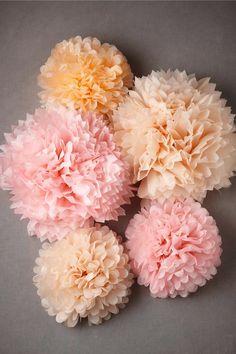 oh!myWedding: DIY Pompones de papel de seda / DIY Tissue Paper Pompoms