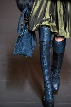 I want boots or shoes in this colour !!!! and bag and coat........ leather