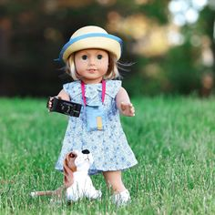 Kit is fully ready for her photo shoot on this sunny day What are you guys doing this weekend? I am headed from Cali to Alabama to visit my sister-in-law. She just had a baby #americangirldolls #ag #americangirl #agdoll #agfansummercontest