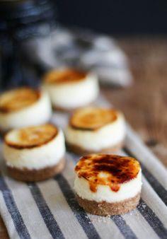 Mini crème brulee cheesecake