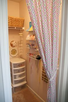 Multi purpose spare room- guest bed/play area/craft closet
