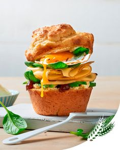 Le brunch c'est sacré, surtout en cette période de rentrée 😊 Faites le plein de saveurs et d'énergie avec cette recette de muffin salé au Fol Epi. Un regal pour les yeux et pour le ventre.