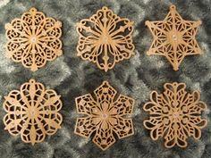 SLDK197 - Filigree Snowflake Ornaments
