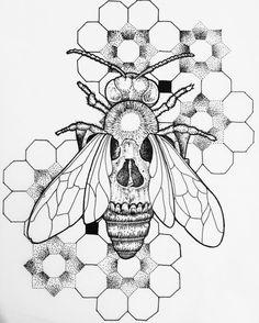"146 Likes, 5 Comments - Charlotte Lee (@iamcharlottelee) on Instagram: ""Geometric | Dotwork | BeeSkull Mash up. #art #artsy #artist #bee #blxckink #blackwork #blackworks…"""