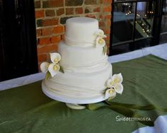 SweetThings: Simple and Elegant Wedding Cake with Calla Lilies