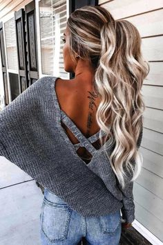 50 Amazingly Popular Hairstyles And Haircuts This Winter Make the me. 50 Amazingly Popular Hairstyles And Haircuts This Winter Make the messy high ponytail your winter savior Hairstyle Curly, Ponytail Hairstyles, Hairstyles Haircuts, Hairstyle Ideas, Wedding Hairstyles, Hairstyle Images, Perfect Hairstyle, Winter Hairstyles, Hair Extension Hairstyles