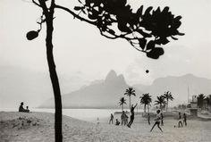 René Burri  FOOTBALL, RIO DE JANEIRO, IPANEMA BEACH