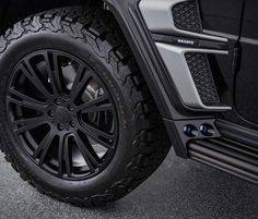 """After unveiling the 662 kW Mercedes-AMG 900 performance SUV, Brabus has shown off this off-road-honed G-Class, dubbed the """"Adventure"""". Mercedes Suv, Mercedes Benz G Class, Off Road Parts, 20 Inch Wheels, Luggage Rack, Fender Flares, Wheel Cover, Roof Rack, Custom Leather"""