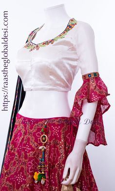 Half Saree Designs, Fancy Blouse Designs, Lehenga Designs, Kurta Designs, Dress Designs, Dress Indian Style, Indian Dresses, Indian Outfits, Garba Dress
