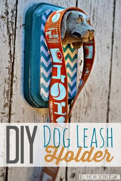 **DIY Dog Leash Holder** This is such an EASY and INEXPENSIVE project. Makes a great HOMEMADE GIFT for the dog lover. (I made this for around $5) #DIY #Dog #Decor
