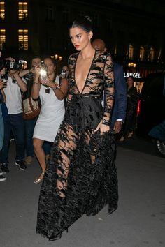 b239c05a178 99 meilleures images du tableau Robe noire   Little Black Dress en ...