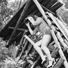 Ich bin dann mal den Frühling suchen. Kommt wer mit?    Fotograf: www.wittphotodesign.de  #jagdprinz #happpyhunting #huntress #womenwhohunt #huntinggirl #gonehunting #frühling #hunting #jaktforlivet #huntress #chasseur #jakt #jägerin #girlswithguns #girlshunttoo #forrealhunters #huntingseason #outdoor #adventure #hot #girl #jägerinkatharina